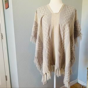 One Size Gray and White Woven Poncho